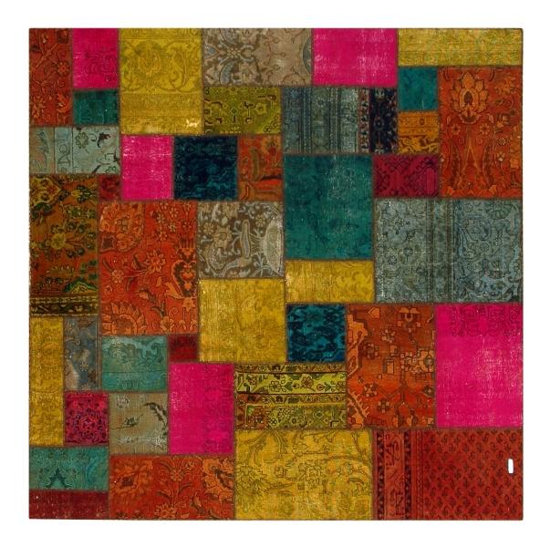 201х201. Красочный ковер-пэчворк из Ирана