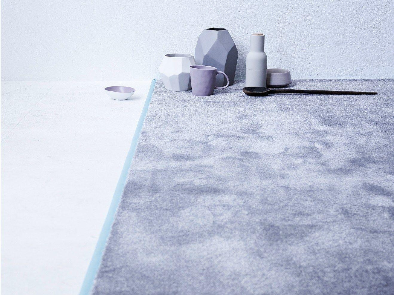 Однотонные ковры из полиамида купить